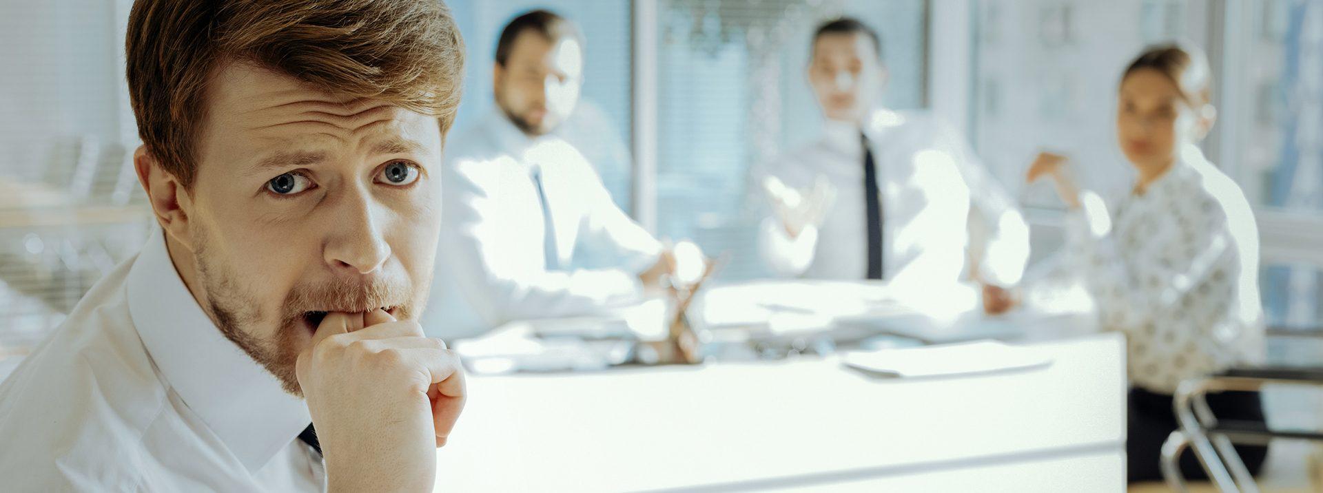 Comment faire redescendre le stress avant une réunion de travail ?